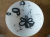glazen schaal wit/grijs € 175,-