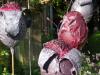 detail bloemen rood/paars op pin